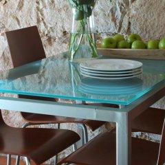 Отель AinB Las Ramblas-Guardia Apartments Испания, Барселона - 1 отзыв об отеле, цены и фото номеров - забронировать отель AinB Las Ramblas-Guardia Apartments онлайн бассейн