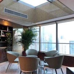 Отель Grand Millennium Beijing 5* Представительский номер с различными типами кроватей фото 9