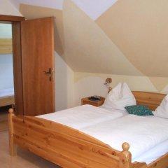 Отель Familiengasthof Zirmhof комната для гостей фото 3