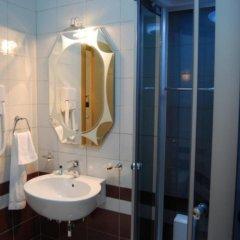 Отель Gjuta Hotel Албания, Тирана - отзывы, цены и фото номеров - забронировать отель Gjuta Hotel онлайн ванная