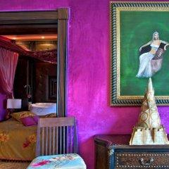 Отель Art Palace Suites & Spa - Châteaux & Hôtels Collection 5* Полулюкс с различными типами кроватей