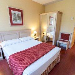 Отель Sunotel Aston 3* Стандартный семейный номер с различными типами кроватей фото 3
