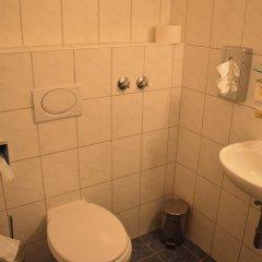 Hotel Mercedes Hamburg 3* Стандартный номер с различными типами кроватей фото 2