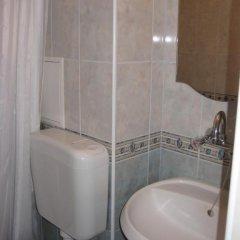 Отель Classic Apartment Болгария, Поморие - отзывы, цены и фото номеров - забронировать отель Classic Apartment онлайн ванная фото 2