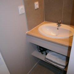 Отель Appartements Bellecour - Lyon Cocoon Франция, Лион - отзывы, цены и фото номеров - забронировать отель Appartements Bellecour - Lyon Cocoon онлайн ванная фото 2