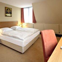 Berlin Mark Hotel 4* Люкс с разными типами кроватей