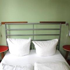 Отель St Christophers Inn Berlin Стандартный номер с двуспальной кроватью (общая ванная комната) фото 4