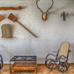 Отель Casa Rural Sierra Madrona спортивное сооружение