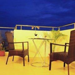 Отель HolidayMakers Inn Мальдивы, Северный атолл Мале - отзывы, цены и фото номеров - забронировать отель HolidayMakers Inn онлайн бассейн
