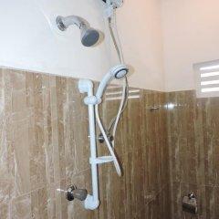 Отель Rajarata Lodge 3* Стандартный номер с различными типами кроватей фото 12
