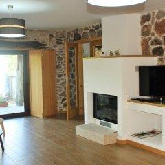 Отель casa do alpendre de montesinho комната для гостей фото 4