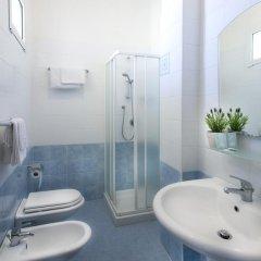 Hotel Fantasy Римини ванная фото 2