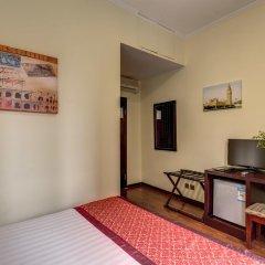 Отель B&B Leoni Di Giada 3* Стандартный номер с двуспальной кроватью фото 5
