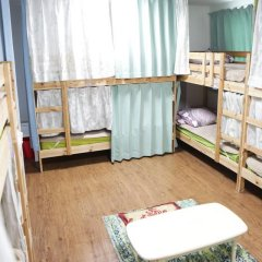 Отель Hikari House Кровать в мужском общем номере фото 3