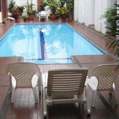 Отель Casona la Merced Колумбия, Кали - отзывы, цены и фото номеров - забронировать отель Casona la Merced онлайн бассейн
