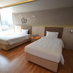 Отель The Heritage Hotels Bangkok 4* Люкс с различными типами кроватей фото 3