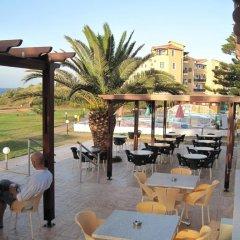 Astreas Beach Hotel бассейн