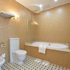 Гостиница Trezzini Palace 5* Люкс повышенной комфортности с различными типами кроватей фото 20