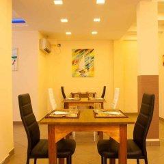 Отель Laguna Boutique Мальдивы, Мале - отзывы, цены и фото номеров - забронировать отель Laguna Boutique онлайн питание фото 2