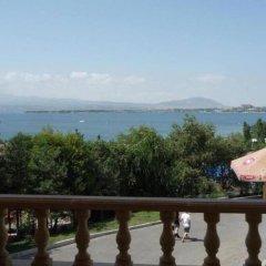 Hotel Ashot Erkat Севан балкон
