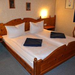 Hotel Walfisch 2* Стандартный номер с двуспальной кроватью
