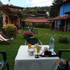 Отель Bobi Guest House Болгария, Копривштица - отзывы, цены и фото номеров - забронировать отель Bobi Guest House онлайн питание