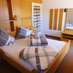 Отель Garni Schneeburghof Тироло комната для гостей