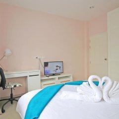 Отель Blue Wave Samui Bophut Самуи сейф в номере