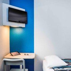 Отель hotelF1 Paris Porte de Montreuil удобства в номере фото 2