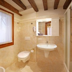 Hotel San Luca Venezia 3* Номер категории Эконом с различными типами кроватей фото 4