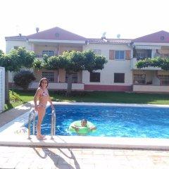 Отель Apartamentos Aigua Oliva бассейн