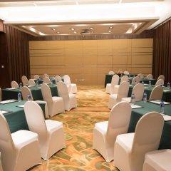 Отель Holiday Inn Shanghai Hongqiao Central фото 2