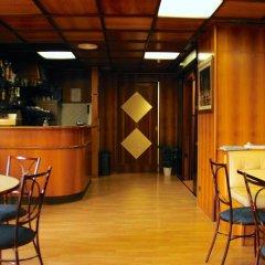 Hotel Laura гостиничный бар