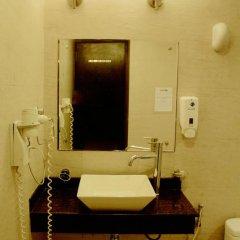 goStops Delhi (Stops Hostel Delhi) Кровать в общем номере с двухъярусной кроватью фото 20