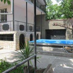 Отель Family Summer House On Cityline Армения, Ереван - отзывы, цены и фото номеров - забронировать отель Family Summer House On Cityline онлайн бассейн