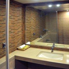 Отель Abbott Hotel Индия, Нави-Мумбай - отзывы, цены и фото номеров - забронировать отель Abbott Hotel онлайн ванная фото 2