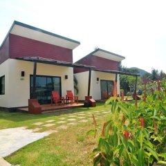 Отель Golden Bay Cottage 3* Бунгало Делюкс с различными типами кроватей фото 16