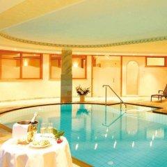 Отель Landsitz Stroblhof Тироло бассейн фото 3
