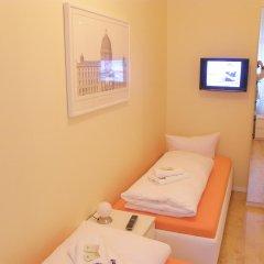 Отель City Guesthouse Pension Berlin 3* Люкс с разными типами кроватей фото 2