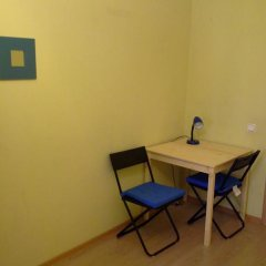 Laweran Hostel Стандартный номер с 2 отдельными кроватями (общая ванная комната) фото 3
