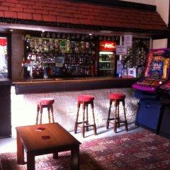Hawkes Hotel гостиничный бар