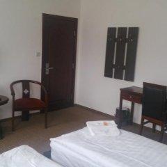 Hotel Penzion Praga 3* Стандартный номер с двуспальной кроватью (общая ванная комната) фото 6