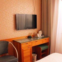 Beijing Wang Fu Jing Jade Hotel 3* Стандартный номер с различными типами кроватей