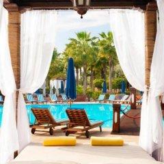 Отель Le Meridien NFis 5* Улучшенный номер с различными типами кроватей фото 4