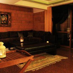 Villa de Pelit Hotel 3* Люкс с различными типами кроватей фото 14