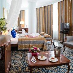 Гостиница Онегин 4* Роскошный люкс с двуспальной кроватью фото 2