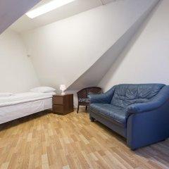 Stavanger Lille Hotel & Cafe 3* Номер с общей ванной комнатой с различными типами кроватей (общая ванная комната) фото 6