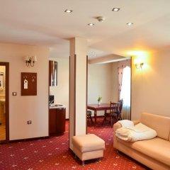 Club Hotel Martin 4* Семейный люкс с двуспальной кроватью фото 3