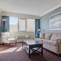 Отель Thompson Hotel & Conference Center Канада, Камлупс - отзывы, цены и фото номеров - забронировать отель Thompson Hotel & Conference Center онлайн комната для гостей фото 5