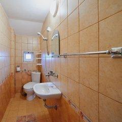 Отель Guest House Sea Болгария, Поморие - отзывы, цены и фото номеров - забронировать отель Guest House Sea онлайн ванная
